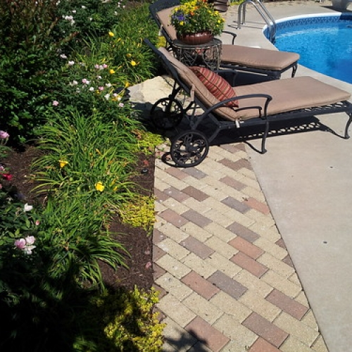 "Paver Border • <a style=""font-size:0.8em;"" href=""http://www.flickr.com/photos/63612657@N05/7161139173/"" target=""_blank"">View on Flickr</a>"