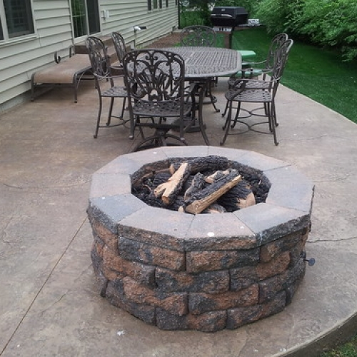 "Diamond Block Fire Pit • <a style=""font-size:0.8em;"" href=""http://www.flickr.com/photos/63612657@N05/6899654772/"" target=""_blank"">View on Flickr</a>"