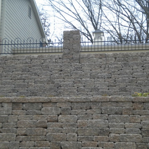 "Stone Wall • <a style=""font-size:0.8em;"" href=""http://www.flickr.com/photos/63612657@N05/6871475118/"" target=""_blank"">View on Flickr</a>"